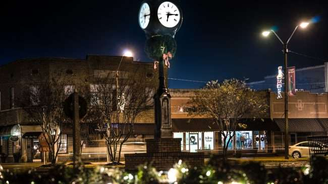Dec 22, 2017 - A antiquated clocktower in Historic Downtown Tunica MS/photonews247.com