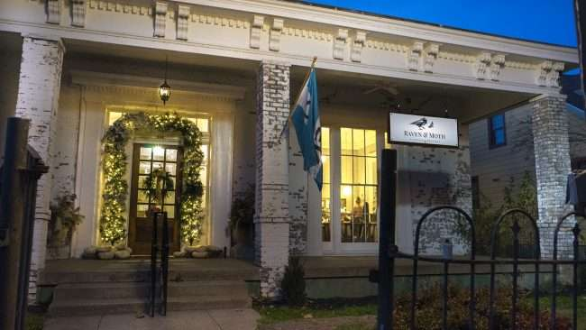 Dec 8, 2017 - Raven and Moth Beauty Salon & Boutique at Smedley Yeiser home in Downtown Paducah, KY 42001/photonews247.com