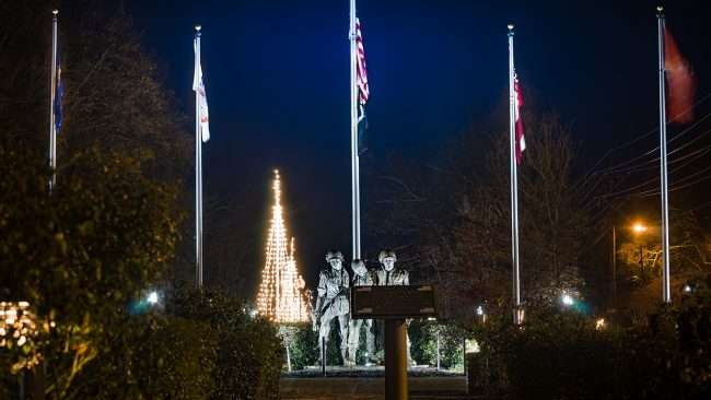 Dec 22, 2017 - War Memorial during Christmas Season in Historic Downtown Tunica MS/photonews247.com
