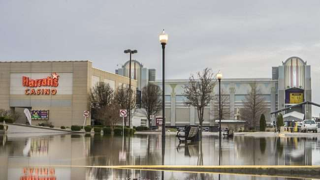 Feb 25, 2018 - Harrah's Hotel and Casino closed due to flooding Ohio River/craig currie