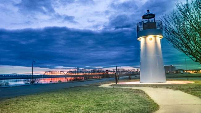 Feb 18, 2018 - LightHouse in Dorothy Miller Park on Ohio River Metropolis IL/craigcurriephotography.com
