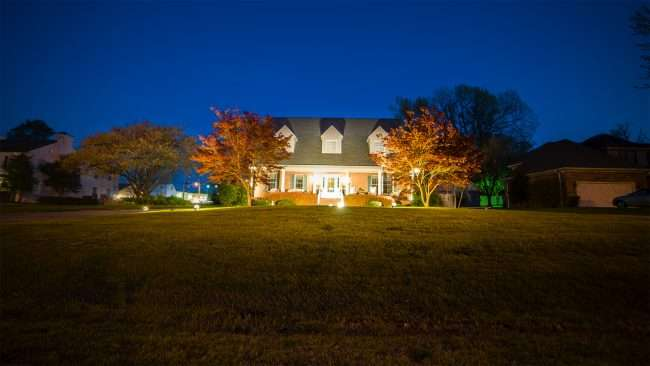 April 19, 2018 - Lighted DogWood Trail Paducah house with decorated lighting in front yard/photonews247.com