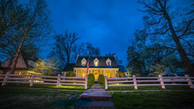 April 24, 2018 - Lighted Dogwood Trail Paducah house with lights on trees/photonews247.com