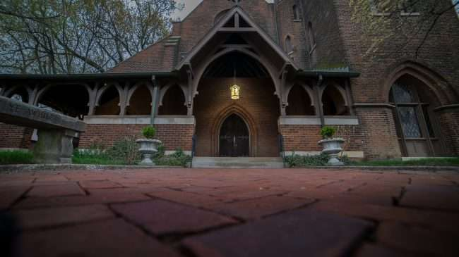 April 15, 2018 - Entrance at Grace Episcopal Church on Broadway Main Street in Historic downtown Paducah/photonews247.com