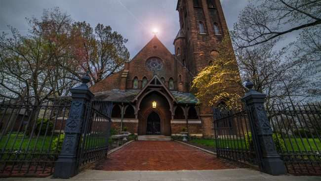 April 15, 2018 - Light of Jesus at Grace Episcopal Church Broadway Main Street Historic downtown Paducah/photonews247.com