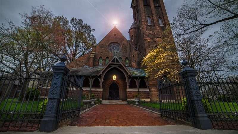 April 15, 2018 - Light of Jesus at Grace Episcopal Church Broadway Main Street Historic downtown Paducah/photonews247.com