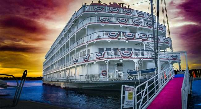 Photo Art: America Riverboat Paducah 2017/photonews247.com