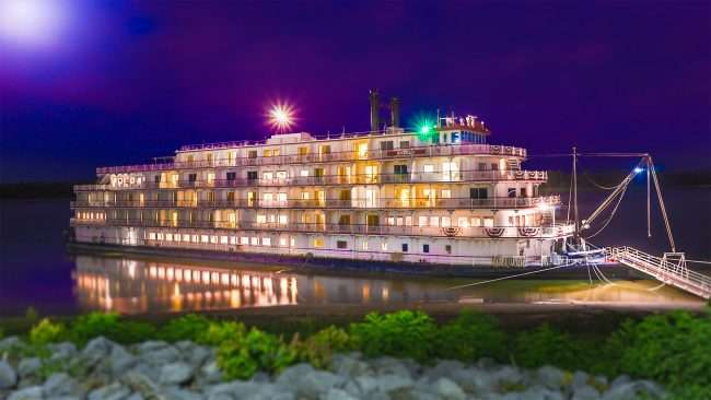 Photo Art: Riverboat Paducah 2017/photonews247.com