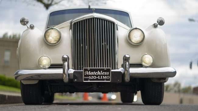 April 14, 2018 - Vintage Bentley 1959 owned by Matchless Transportation Limo Service at Grace Episcopal Church on Broadway and Historic Mainstreet in Downtown Paducah Broadway/photonews247.com