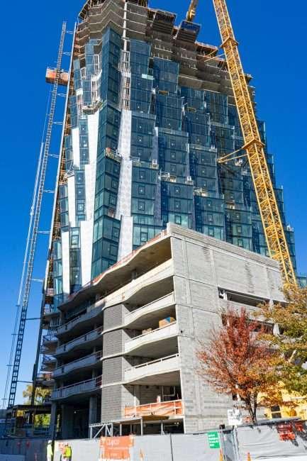 On Hundred Kingshighway apartment building under construction in Central West End