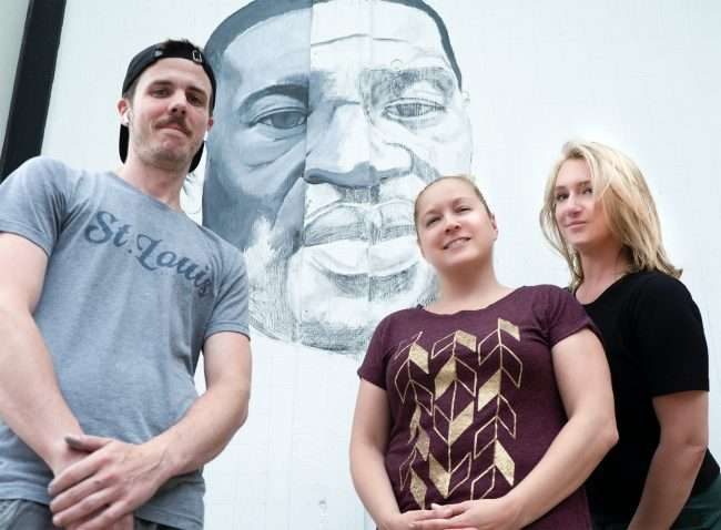 Ben Angelly, Jessica Bueler, Allison Bamberge at George Floyd Portrait, The Delmar Loop. credit craig currie
