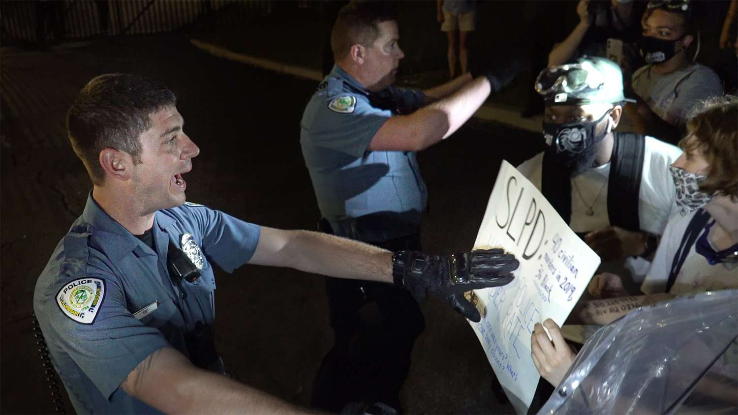 Florissant Police use rush tactics to incite violence
