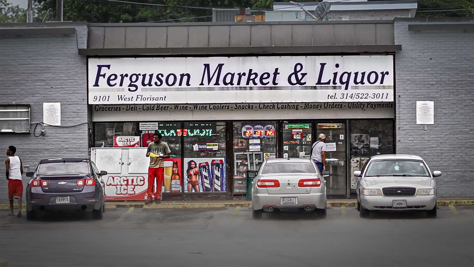 Ferguson Supermarket (Ferguson Market & Liquor) W. Florissant Road on August 31, 2020. credit craig currie