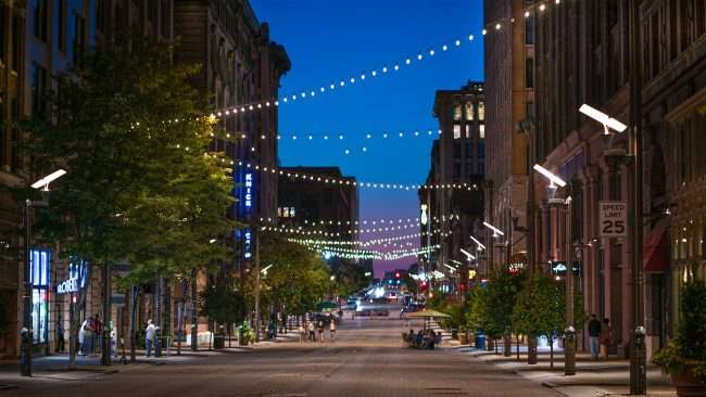 Washington Avenue Entertainment District blocked off with barricades due to late-night racing in Downtown St. Louis. (Aug. 28, 2020)