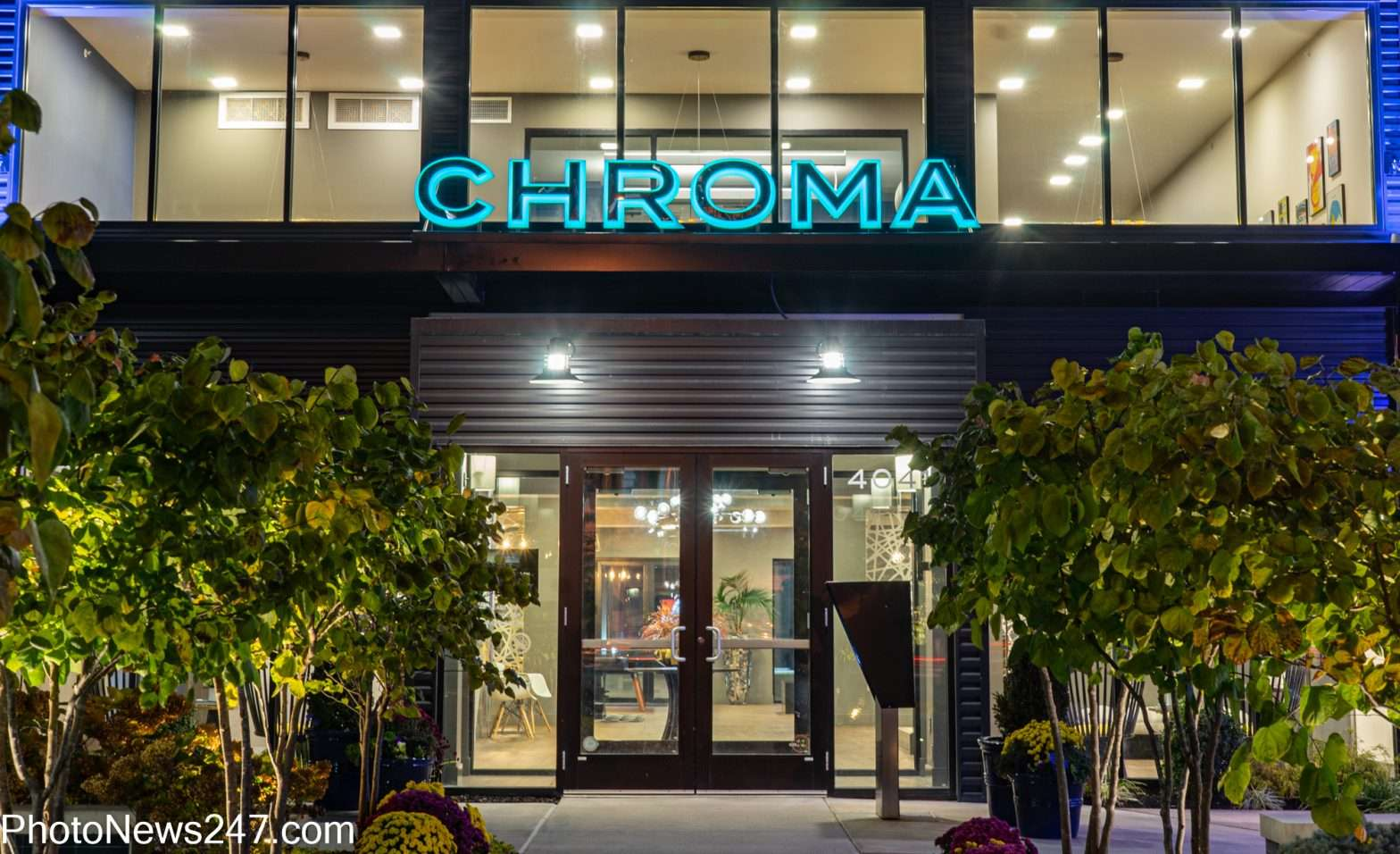 Chroma STL Apartments front entrance The Grove. credit photonews247.com