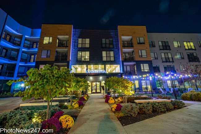 Chroma STL Apartments with lighted entrance. credit photonews247.com