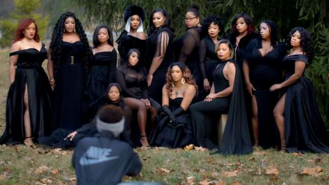 Black female entrepreneurs The STL Collective Photoshoot coached by Chi The Model. (credit craig currie)