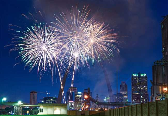 Fireworks at St. Louis Arch from Malcolm Memorial Park.