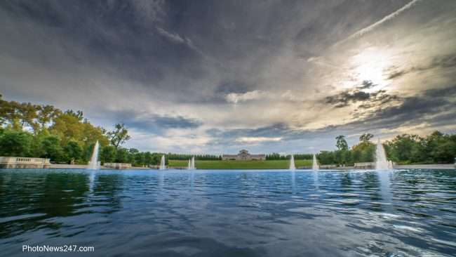 Grand Basin Lake Forest Park, Art Hill, St Louis Art Museum. credit craig currie