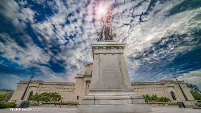 King St Louis Statue at St Louis Museum, Forest Park St Louis MO