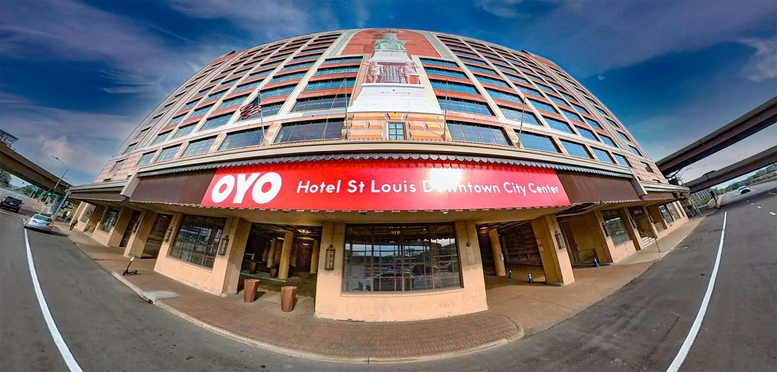 OYO Hotel St. Louis Downtown City Center building. April 2021 by craig currie