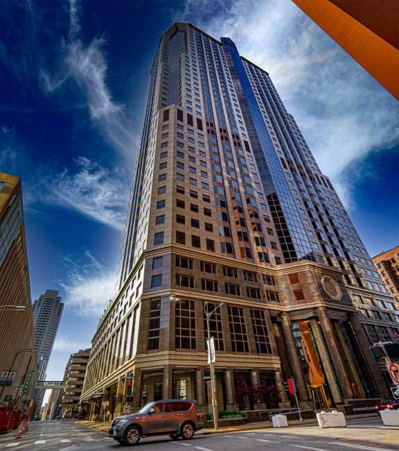 One Metropolitan Square building Downtown St. Louis. April 2021 credit craig currie