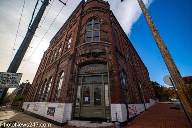 Smile building in Soulard neighborhood St. Louis in Fall of 2019. credit craig currie