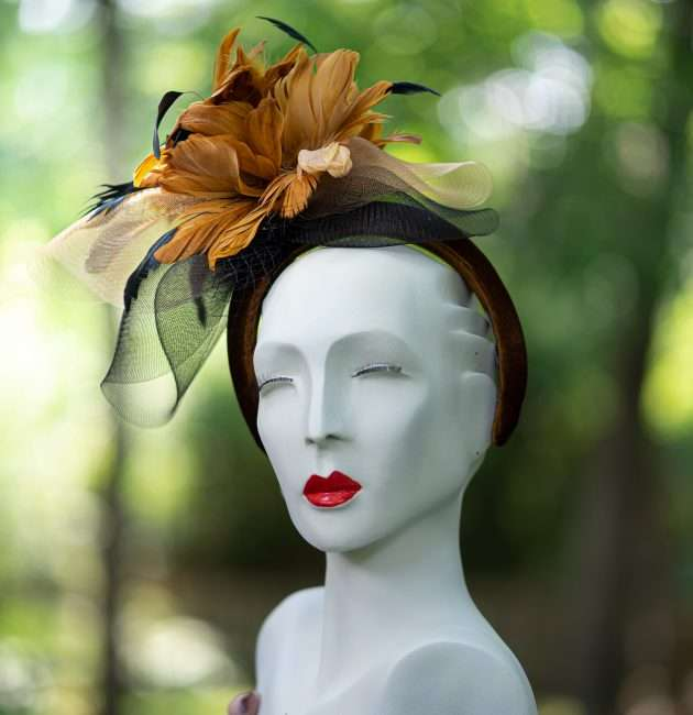 Kentucky Derby Fascinator with Flowers. Hats by Dianne. credit craig currie