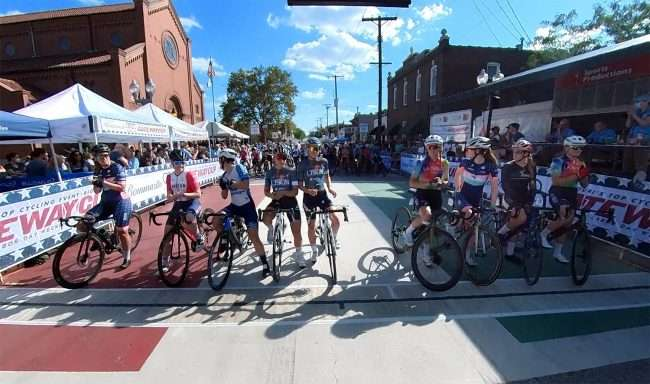 Gateway Cup Women's Pro starting line The Hill neighborhood in St. Louis, MO. credit craig currie